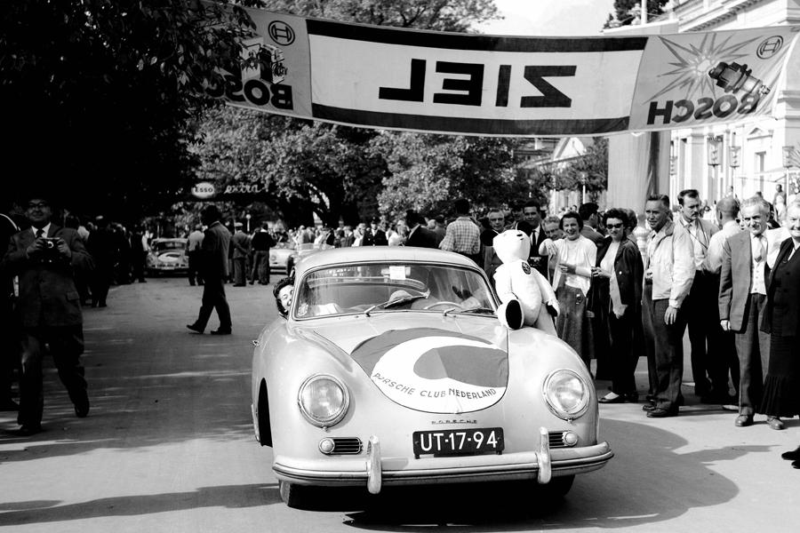 60 años del primer club Porsche