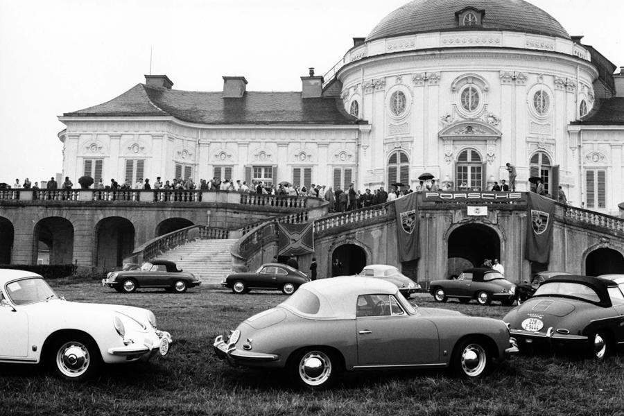 Porsche Club of America en el Schloß Solitude, en Aelmania (1960)
